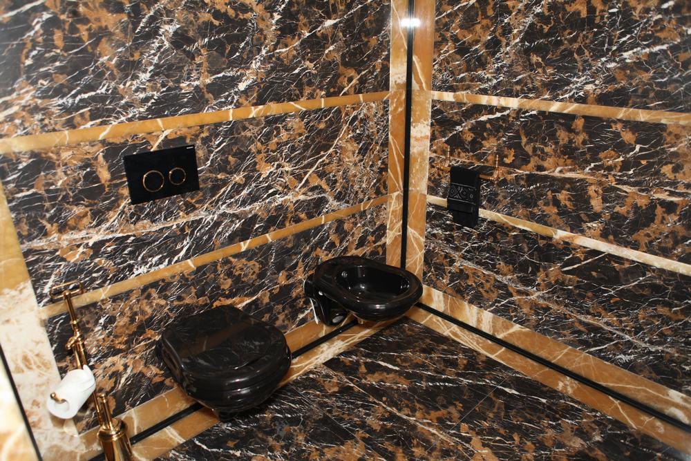 Łazienki z onyks i marmur