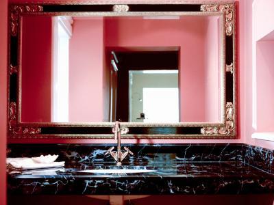 Łazienki z marmuru