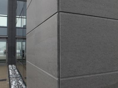 Elewacje z granitu, marmuru, bazaltu